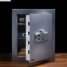 "Diplomat Safes from Nigel Rose (MS) Ltd. Lock Wholesale 01494 438118 info@nigelrosems.co.uk ""The Dedicated Locksmith Wholesaler"""