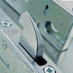 Yale 170 Multi Point 3 Hook Lock